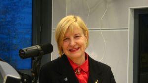 Elina Lehto-Häggroth har ansvar för daghem och skolor i Vanda
