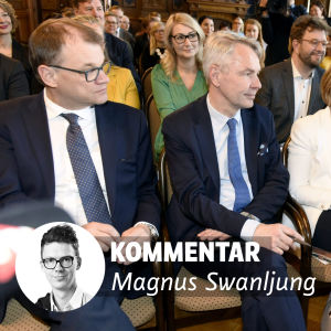 Regeringskoalitionens ordförande, med Anna-Maja Henriksson i mitten.