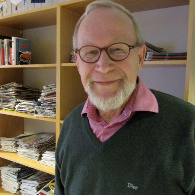 Turun Sanomien entinen päätoimittaja Aimo Massinen vieraili Yle Turun toimituksessa.