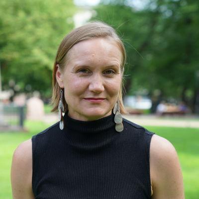Anna Elomäki yliopistotutkija