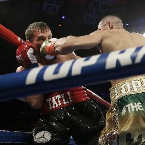 Edis Tatli förlorade på knockout mot Teofimo Lopez.