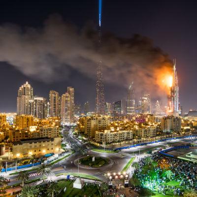 Brand på lyxhotell i Dubai.