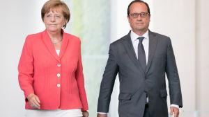 Angela Merkel och Francois Hollande i berlin 24.8.2015.