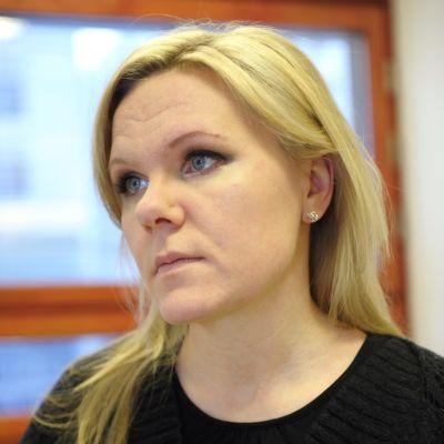 Elina Pekkarinen har utsetts till ny barnombudsman från den 1 maj 2019.