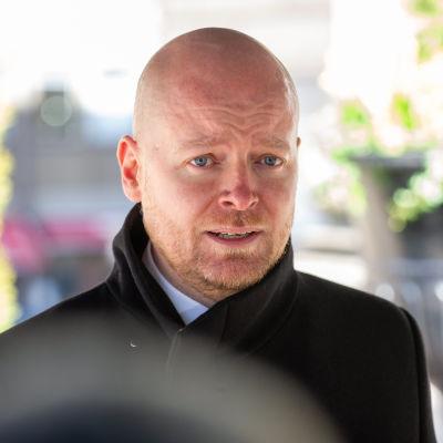 Opetusministeri Jussi Saramo.