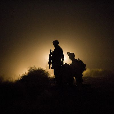 En arkivbild från sommaren 2009 på amerikanska soldater som letade efter försvunna kamrater i Helmand-provinsen.