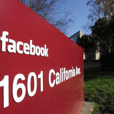 Facebooks högkvarter ligger i Palo Alto, Kalifornien