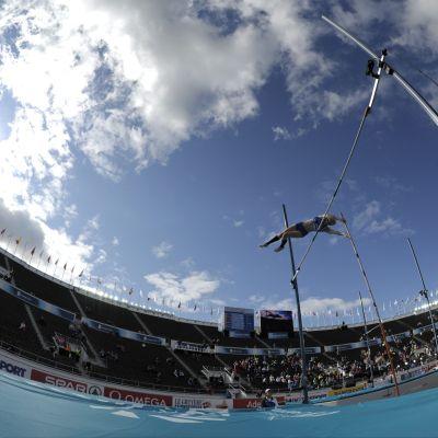 Den andra tävlingsdagen på Olympiastadion är igång