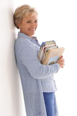 carina wolff-brandt med böcker
