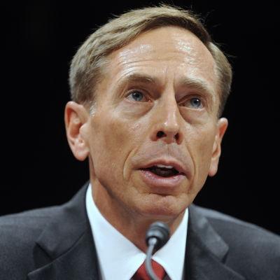 Före detta spionchefen  David Petraeus.