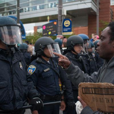 Demonstration mot polisvåld mot svarta i Baltimore, USA.