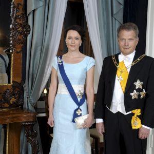 Presidentparet Sauli Niinistö och Jenni Haukio vid självständighetsmottagningen den 6 december 2014.