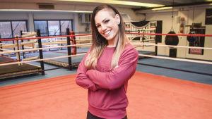 Eva Wahlström i boxningsringen.