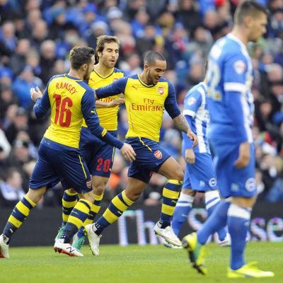 Arsenal firar mål.