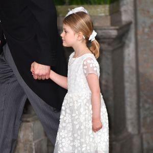 Prinsessan Estelle på lillebror Oscars dop.