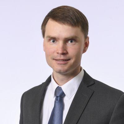Kansanedustaja Heikki Autto, Kansallinen Kokoomus.