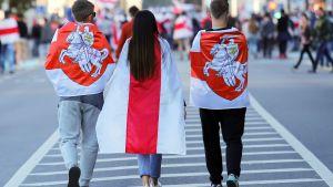 Demonstranter i Minsk 20.9.2020