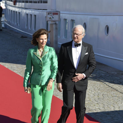 Drottning Silvia, Kung Carl Gustaf