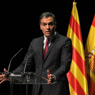 Pedro Sanchez håller ett tal i Barcelona 21.6.2021