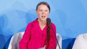 Greta Thunberg är märkbart upprörd då hon håller sitt tal på FN:s klimatmöte i New York.