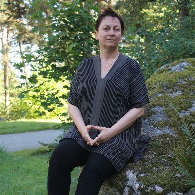 Anne Enright utanför Sigtuna Stiftelsen