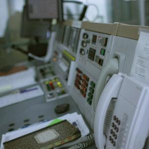 Otaniemen tutkimusreaktorin ohjauspöytä