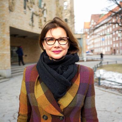 Henrika Franck, forskare i företagsetik vid Aalto universitetet