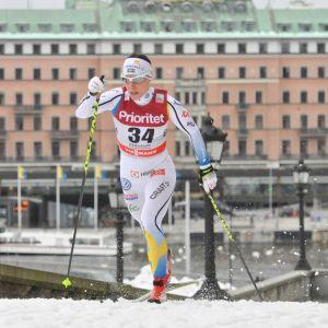 Charlotte Kalla i farten på Slottsprinten i Stockholm 2016.