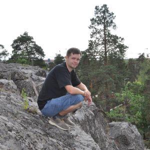 Andreas Koivisto på Stenkullaberget i Vanda.