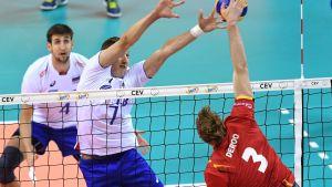 Ryssland mot Belgien i volleyboll.