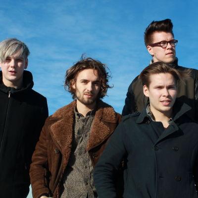 Satin Circus -bändi Linnanmäellä