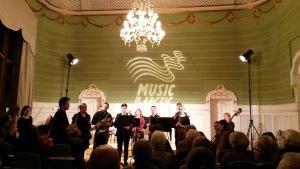 Atle Sponberg och Musikkonservatoriets orkester
