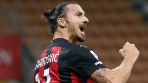 I måndags firade Zlatan Ibrahimovic sitt 1–0-mål i matchen mot Bologna.