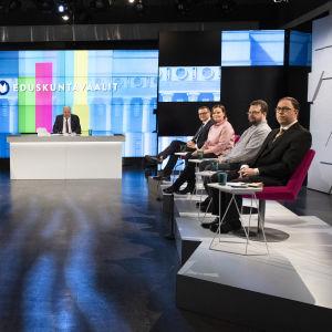 Pienpuolueiden vaalitentti 2.4.2019 Yle