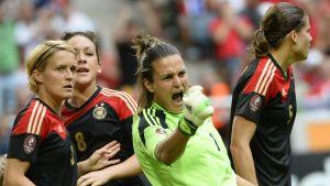 Nadine Angerer räddade två straffar i finalen