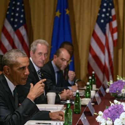 USA:s president Barack Obama träffar EU-ledarna Donald Tusk och Jean-Claude Juncker i samband med Natos:s toppmöte i Warszawa.