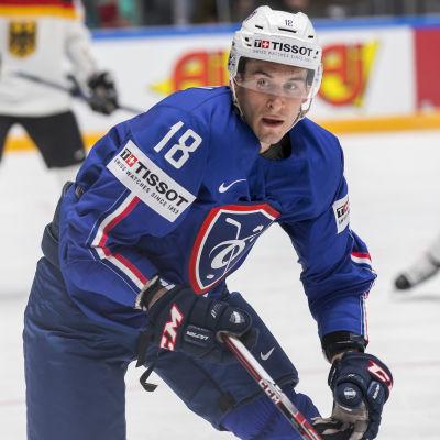HIFK-backen Yohann Auvitu lär få mest istid av alla spelare när Finland möter Frankrike i VM-hockeyn i dag.