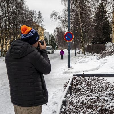 Oulussa vierailevat Hollywood scouttaajat ottavat valokuvia