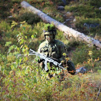 Anita Korva gör sin militärtjänstgöring i Kajanalands brigad.