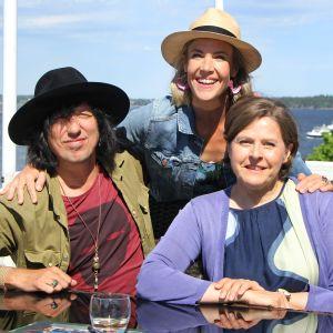 Kesäksi kotiin -sarjassa Ella Kannisen vieraina ovat Sami Yaffa ja Heidi Hautala.