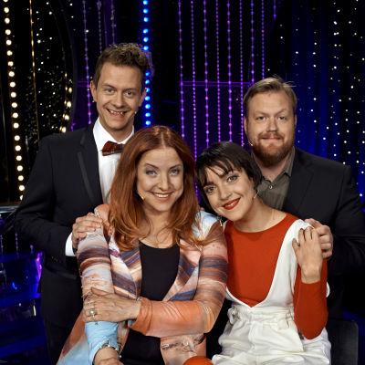 Shima Niavarani och Kristoffer Appelquist möter Shirley Clamp och Tobbe Blom i Doobidoo.