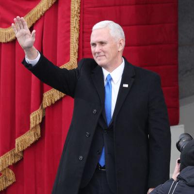 Vice president Mike Pence i Kapitolium inför Donald Trumps installation.