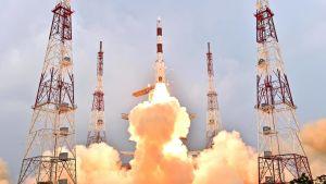 Raket skjuts upp i Indien.