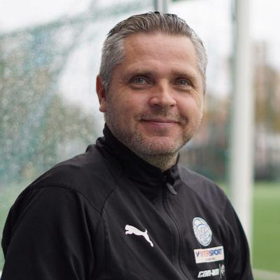 Rovaniemen Palloseuran päävalmentaja Mikko Mannila