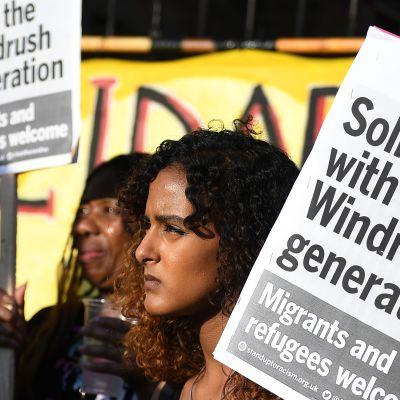 Demonstration mot Amber Rudd i samband med Windrush-skandalen i London.