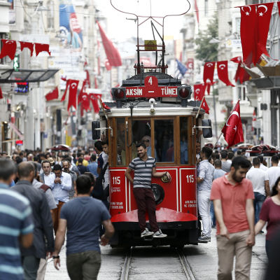 På İstiklal Caddesi i Istanbul.