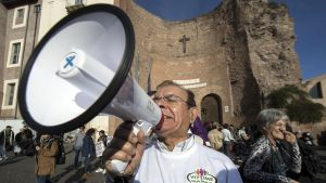 Demonstration i Rom inför folkomröstning om Italiens grundlag.