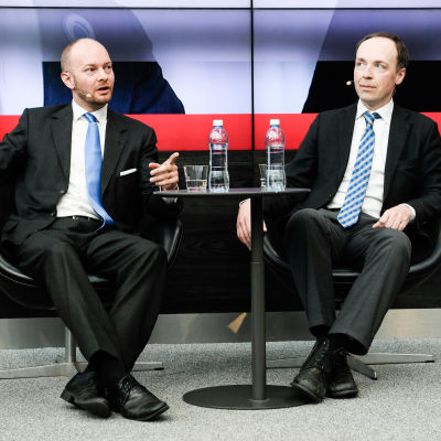 Sannfinländarnas ordförandekandidater Sampo Terho och Jussi Halla-aho i Sanomahuset den 8 juni 2017.
