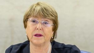 Alla 55 000 gripna bör antingen friges eller ställas inför rätta, krävde FN:s människorättskommissionär Michelle Bachelet då hon öppnade Människorättsrådet 41 session i Genéve