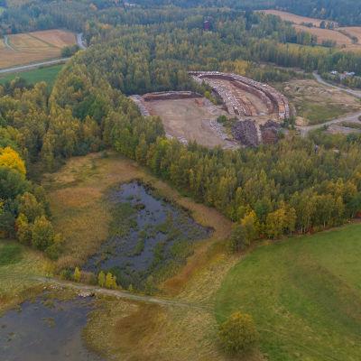 Haverin kaivoksen entisen rikastuskentän maastoa